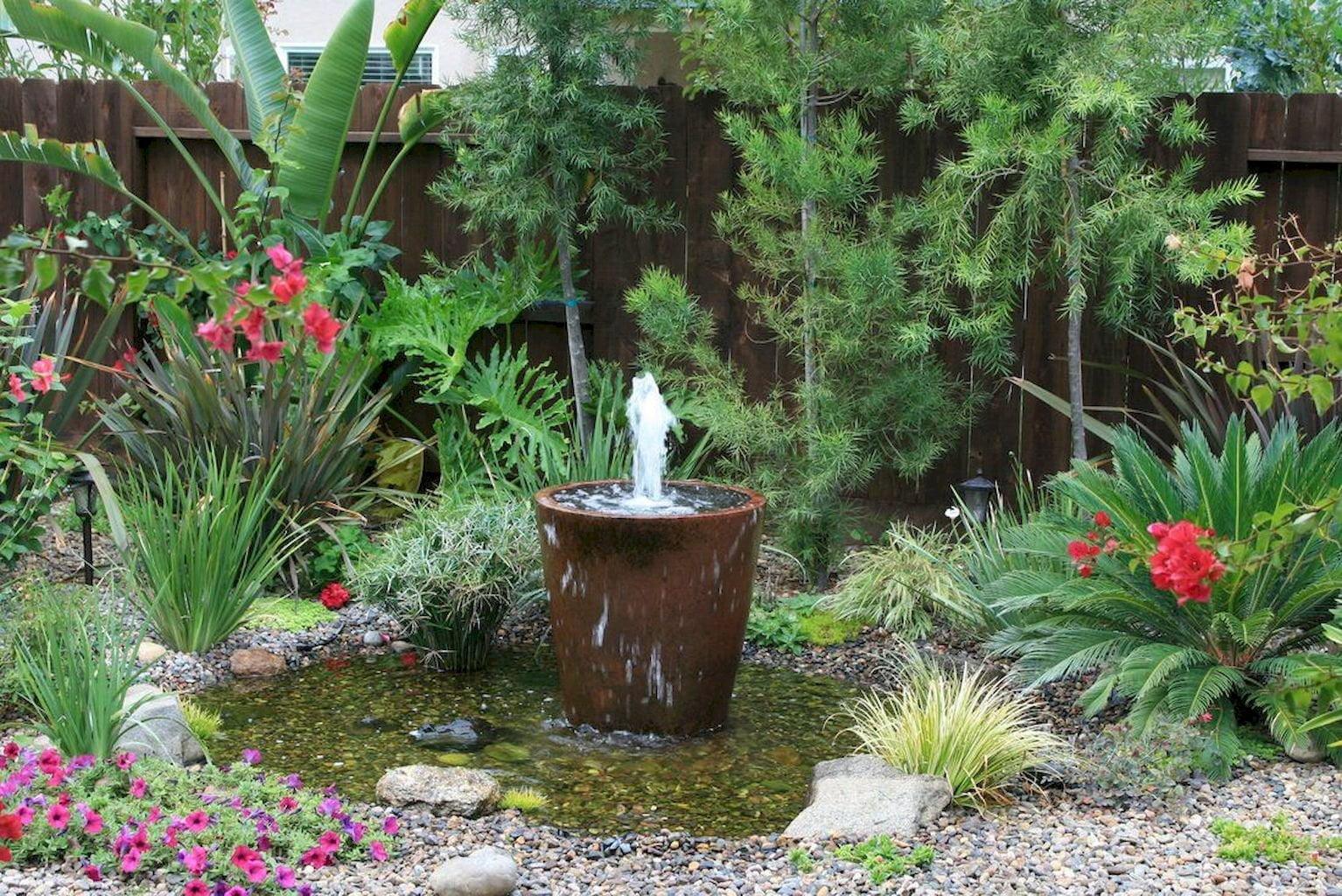 garden fountain104 4251078723925205628 - Как сделать на участке фонтан